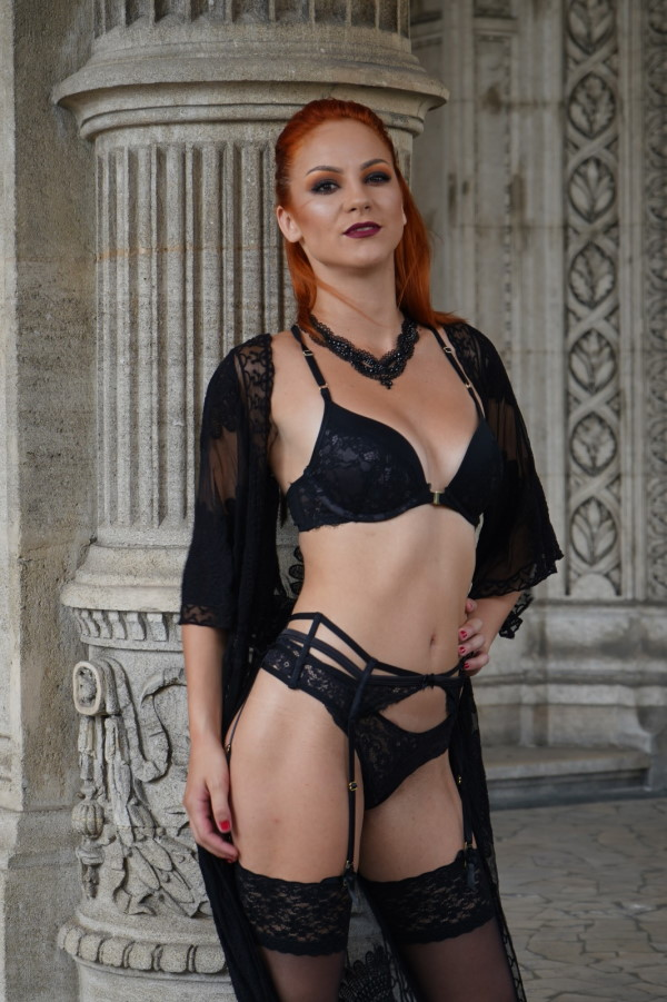 daisy diamond is available for escort Vienna through Maxim Wien